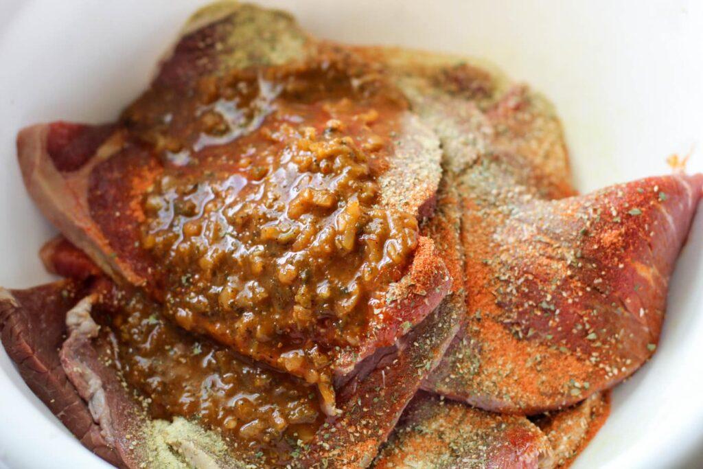 Puerto Rican Bistec Encebollad Recipe | Steak and Onions Recipe