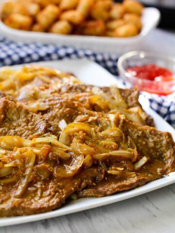 Puerto Rican Bistec Encebollad Recipe   Steak and Onions Recipe