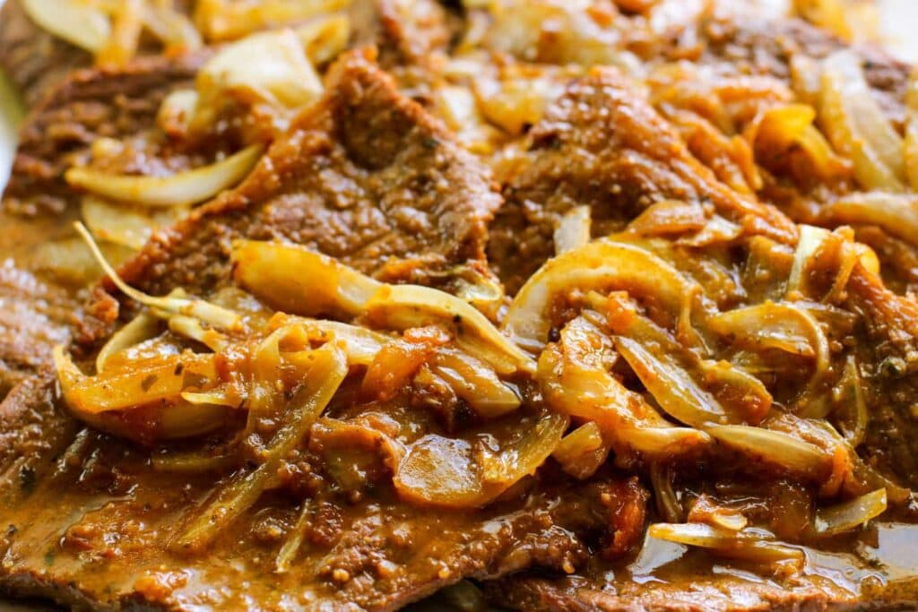 Puerto Rican Bistec Encebollad Recipe | Steak and Onions Recipe