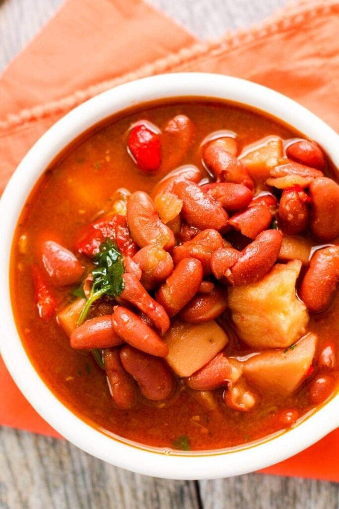 Puerto Rican Kidney Beans in a white bowl