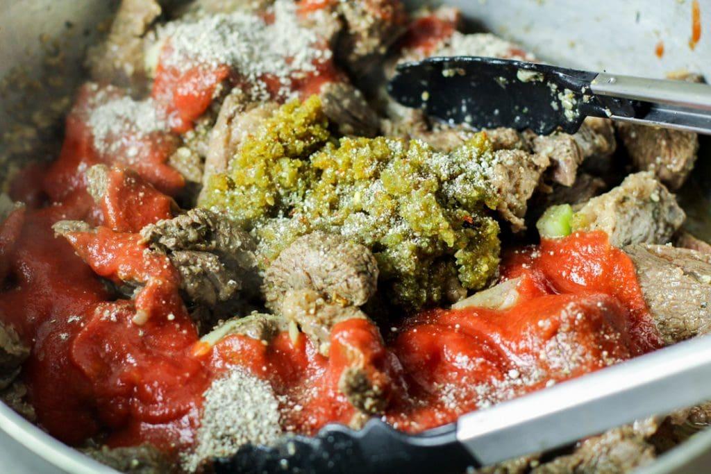 carne guisda with sofrito