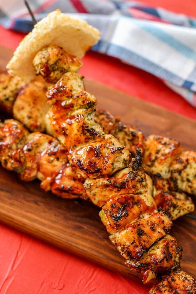 BBQ skewers with toast on the end