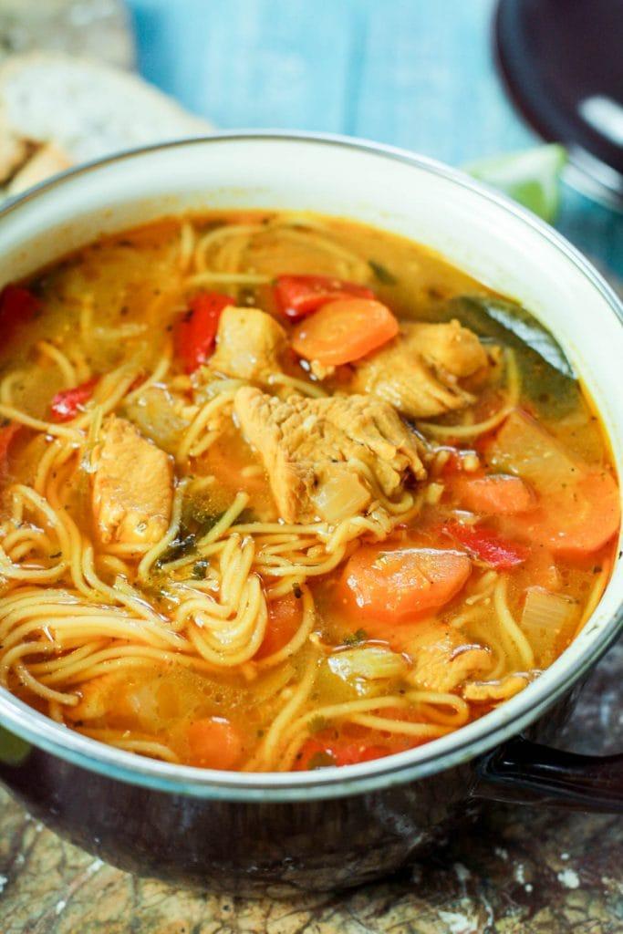 Sopa de fideo in a large pot